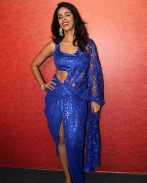Mallika Sherawat - Photos: Zee Comedy Show's Set For A Photo-op With Special Guests | Picture 1826009