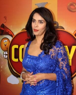 Mallika Sherawat - Photos: Zee Comedy Show's Set For A Photo-op With Special Guests | Picture 1826015