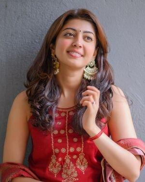Pranitha Subhash Latest Photos | Picture 1827224