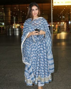 Mouni Roy - Photos: Celebs Spotted At Airport | Picture 1827479