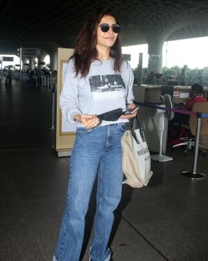 Karishma Tanna - Photos: Celebs Spotted At Airport | Picture 1827485