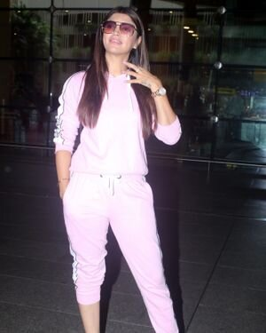 Akanksha Puri - Photos: Celebs Spotted At Airport | Picture 1827494