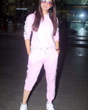 Akanksha Puri - Photos: Celebs Spotted At Airport | Picture 1827495