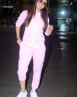 Akanksha Puri - Photos: Celebs Spotted At Airport | Picture 1827493