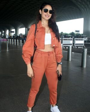 Pragya Jaiswal - Photos: Celebs Spotted At Airport   Picture 1827561