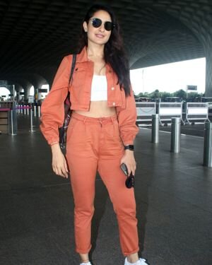 Pragya Jaiswal - Photos: Celebs Spotted At Airport   Picture 1827562