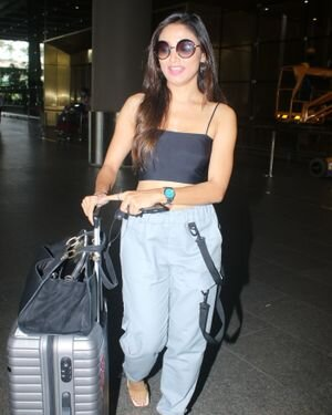 Donal Bisht - Photos: Celebs Spotted At Airport | Picture 1827573