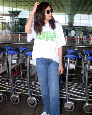 Karishma Tanna - Photos: Celebs Spotted At Airport | Picture 1827609