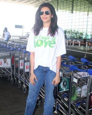 Karishma Tanna - Photos: Celebs Spotted At Airport | Picture 1827610