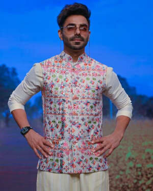 Aparshakti Khurana - Photos: Sukriti Aakriti Show On Day 4 Of Lakmé Fashion Week 2020 | Picture 1750582