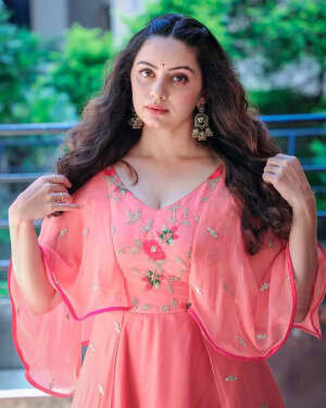 Shruti Marathe Latets Photos | Picture 1739302