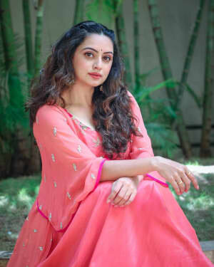 Shruti Marathe Latets Photos | Picture 1739286