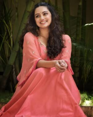 Shruti Marathe Latets Photos | Picture 1739291