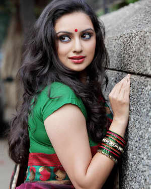 Shruti Marathe Latets Photos | Picture 1739307