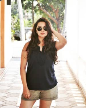 Shruti Marathe Latets Photos | Picture 1739284