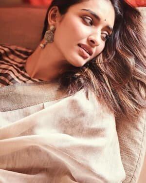 Actress Dayana Erappa Latest Photoshoot | Picture 1736503