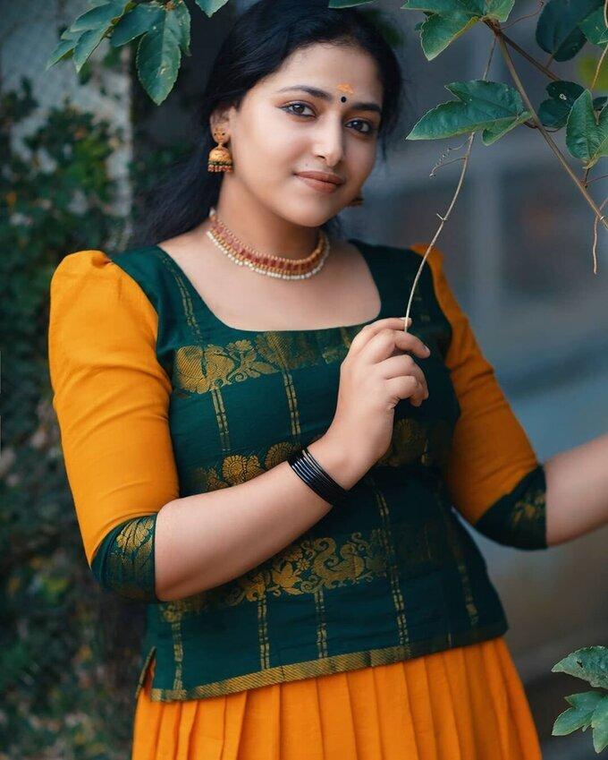 Anu Sithara Latest Photos | Picture 1749131