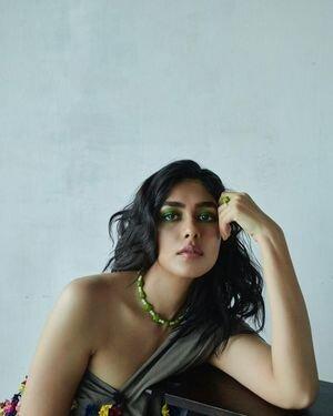 Mrunal Thakur Latest Photos | Picture 1824637