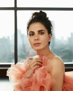 Kirti Kulhari Latest Photos | Picture 1775299