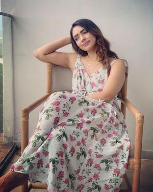 Pooja Banerjee Latest Photos | Picture 1814565