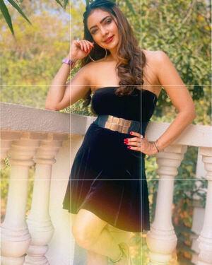 Pooja Banerjee Latest Photos | Picture 1814562