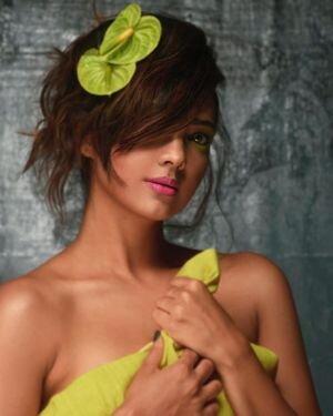 Pooja Banerjee Latest Photos | Picture 1814575