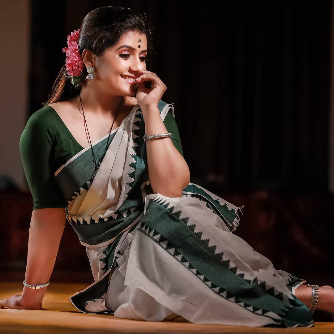 Picture 1741512 | Sarayu Mohan Latest Photos