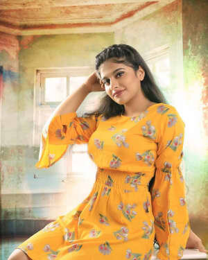 Nayanthara Chakravarthy Latest Photos | Picture 1735628
