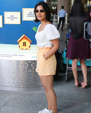 Samyuktha Menon - Photos: Celebs Spotted At Airport | Picture 1754241