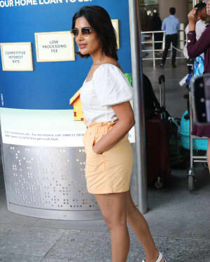 Samyuktha Menon - Photos: Celebs Spotted At Airport | Picture 1754242