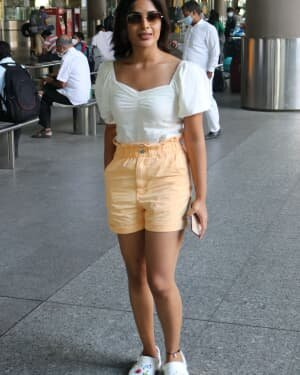 Samyuktha Menon - Photos: Celebs Spotted At Airport | Picture 1754244