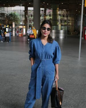 Hina Khan - Photos: Celebs Spotted At Airport | Picture 1754237