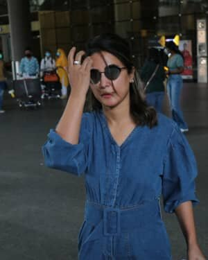 Hina Khan - Photos: Celebs Spotted At Airport | Picture 1754232