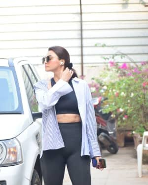 Daisy Shah - Photos: Celebs Spotted At Bandra | Picture 1754225