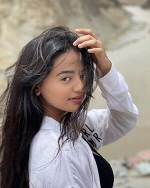 Helly Shah Latest Photos | Picture 1821190