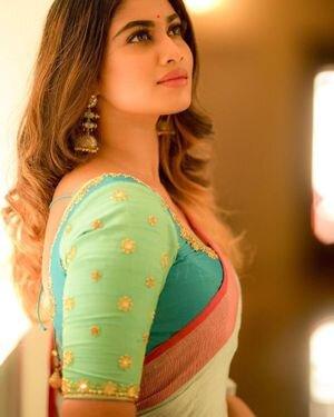 Shivani Narayanan Photos | Picture 1812188
