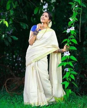 Sunu Lakshmi Latest Photos | Picture 1812130