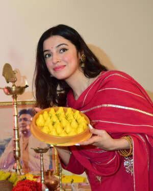 Divya Khosla Kumar Celebrates Ganesh Festival At T Series Office | Picture 1747326