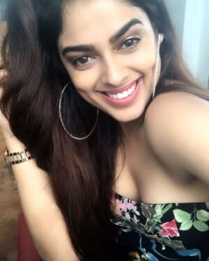 Siddhi Idnani Latest Photos | Picture 1738271