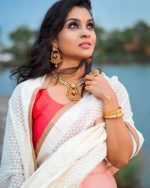 Vinitha Koshy Latest Photos | Picture 1735074