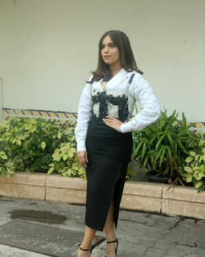 Bhumi Pednekar - Photos: Celebs Spotted At Juhu | Picture 1753355
