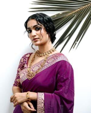 Saniya Iyappan Latest Photos   Picture 1771910
