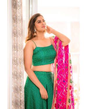 Shivani Narayanan Photos | Picture 1772104