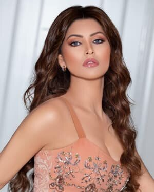 Urvashi Rautela Latest Photos | Picture 1771985