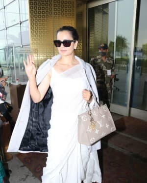 Kangana Ranaut - Photos: Celebs Spotted At Airport | Picture 1765644