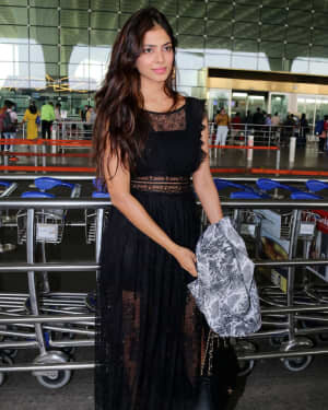 Malavika Mohanan - Photos: Celebs Spotted At Airport | Picture 1765614