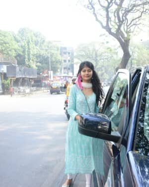 Anjini Dhawan - Photos: Celebs Spotted At Bandra | Picture 1765578