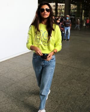 Daisy Shah - Photos: Celebs Spotted At Bandra | Picture 1765573
