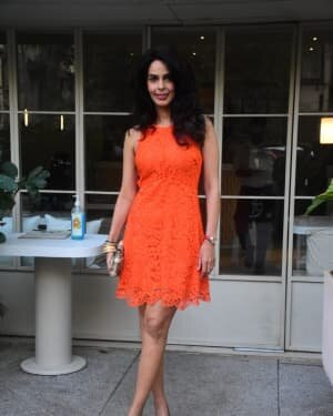 Mallika Sherawat - Photos: Celebs Spotted At Bandra | Picture 1765591