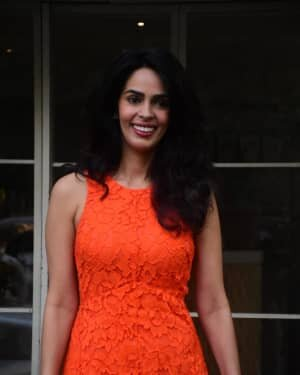 Mallika Sherawat - Photos: Celebs Spotted At Bandra | Picture 1765596